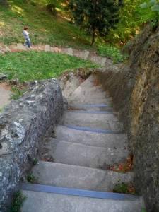 Treppe hinab zur Aeolsharfe